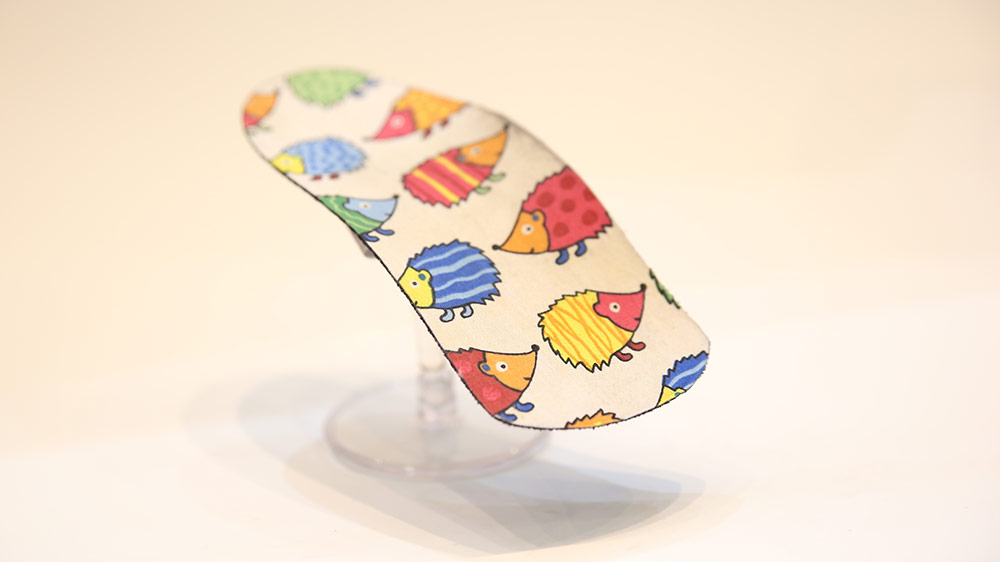 Hedgehog custom-made kids foot supports